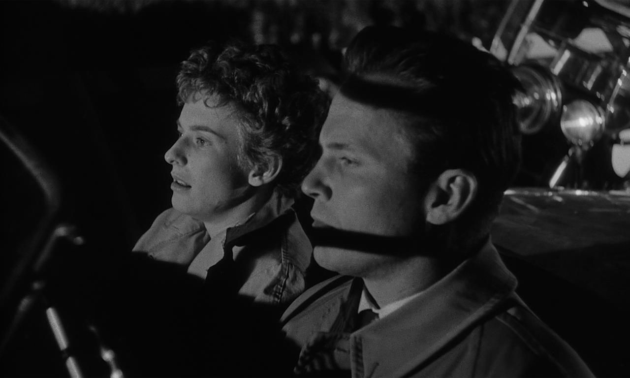 Christina Bailey, Ralph Meeker - Kiss Me Deadly (1955)