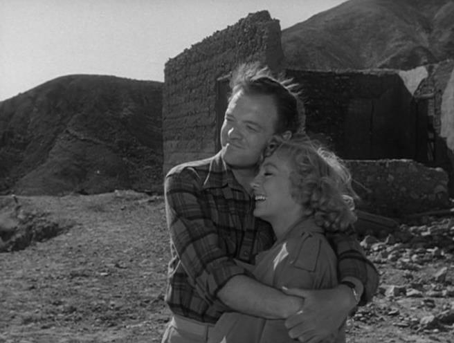 Van Heflin, Evelyn Keyes - The Prowler (1951)