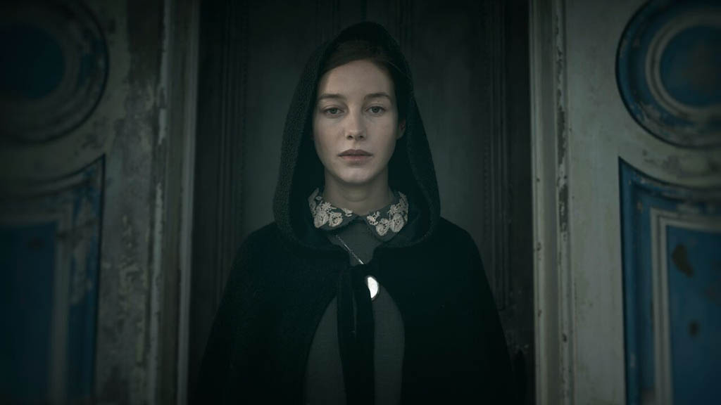 Charlotte Vega - The Lodgers (2017)