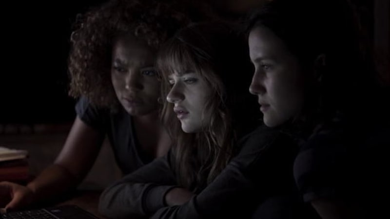 Jaz Sinclair, Joey King, Julia Goldani Telles - Slender Man (2018)