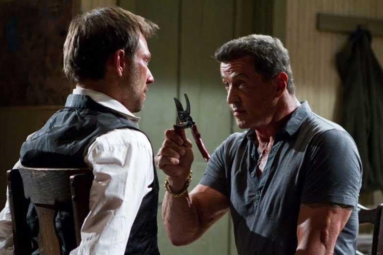 Stallone'dan Karanlık Bir Süper Kahraman Filmi Geliyor