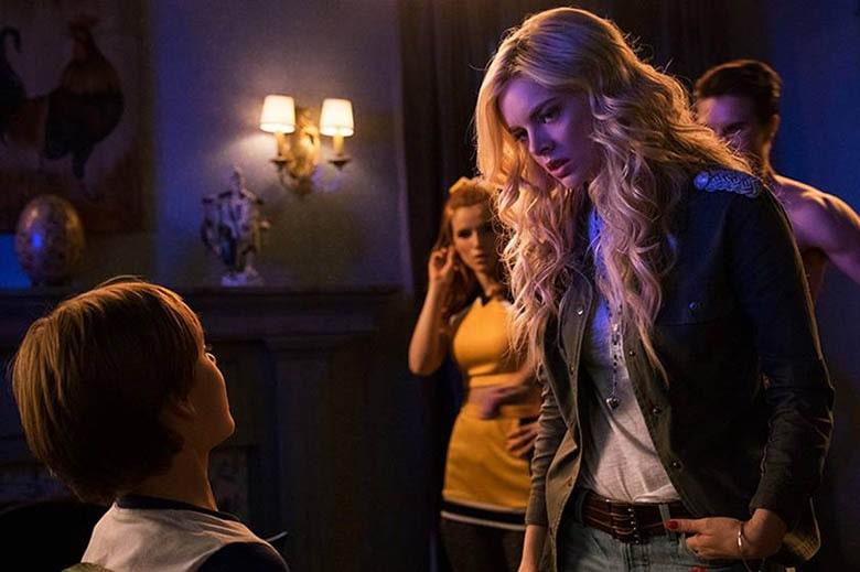 'The Babysitter'a Devam Filmi Geliyor - Samara Weaving