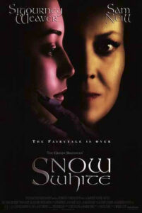 Snow White A Tale of Terror (1997) Afiş