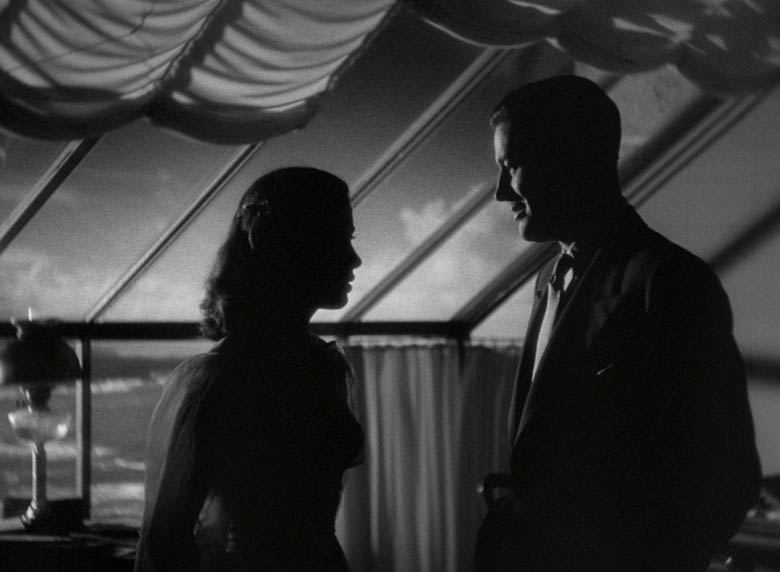 The Uninvited (1944) - Gail Russell, Ray Milland