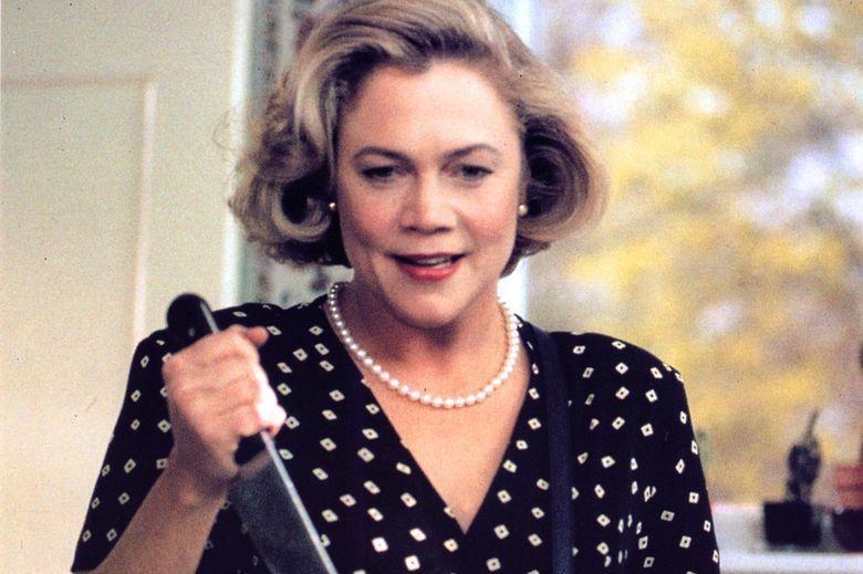 Serial Mom (1994) Kathleen Turner